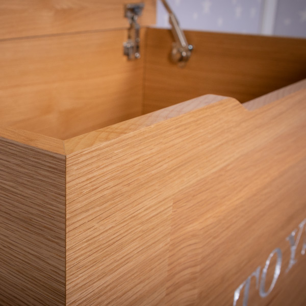 Oak Toy box close up
